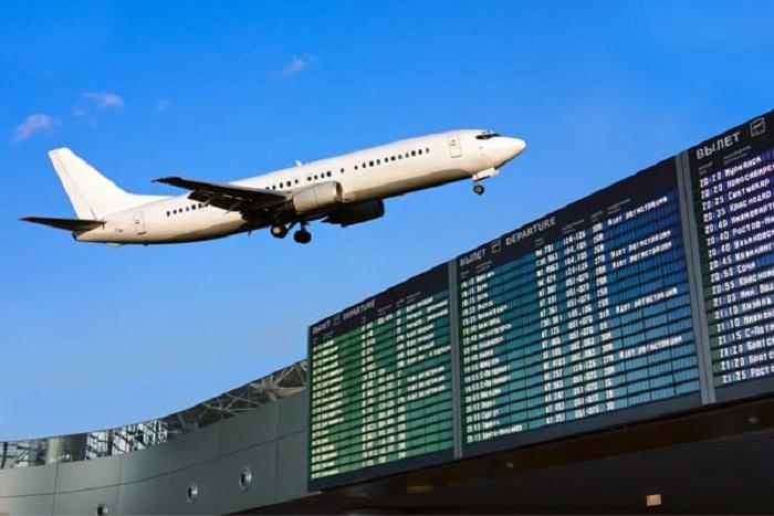 Свыше 30 рейсов отменены ваэропортах столицы из-за непогоды