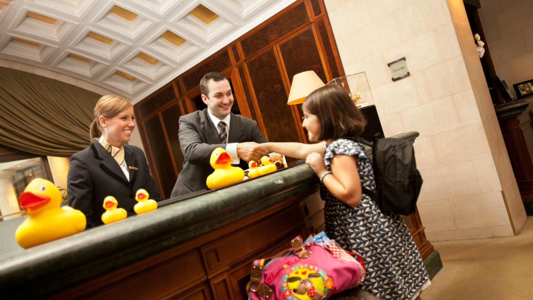 Нотариальные доверенности при заселении детей в отели могут отменить