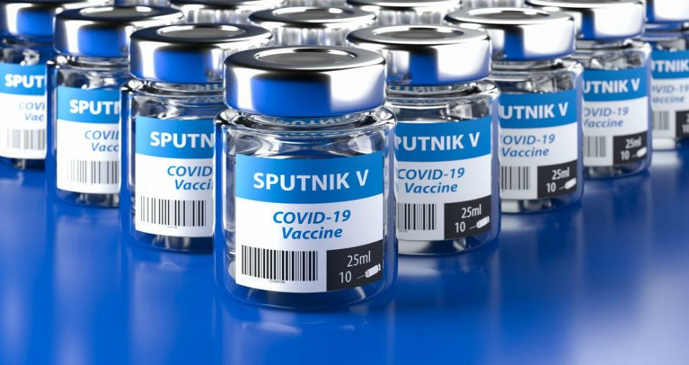 «Спутник V» защищает от всех известных штаммов коронавируса