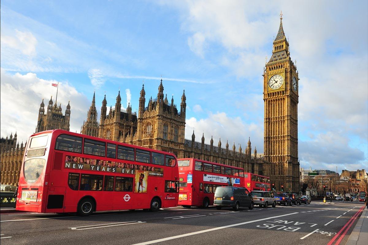 Великобритания повышает цены намногократные визы