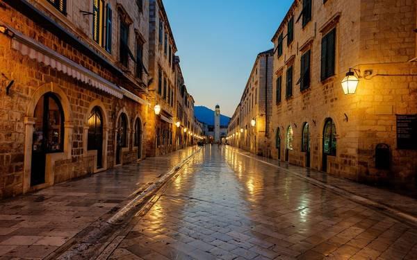 Дубровник вводит ограничения начисло туристов висторический центр города